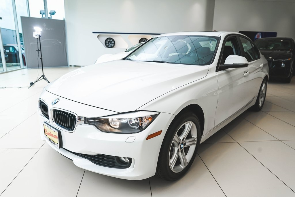 Pre-Owned 2014 BMW 3 Series 328i xDrive