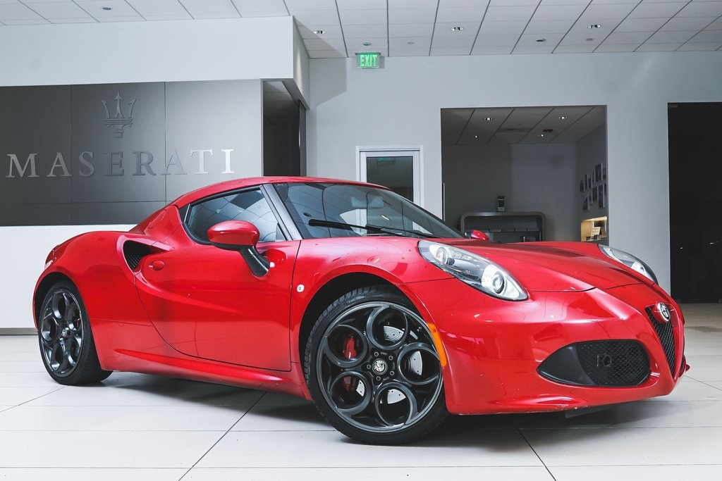 Pre-Owned 2015 Alfa Romeo 4C Base